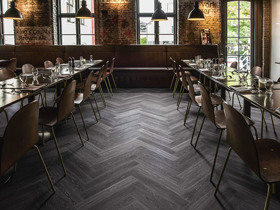 Kährs Luxury Tiles Click Herringbone, Calder
