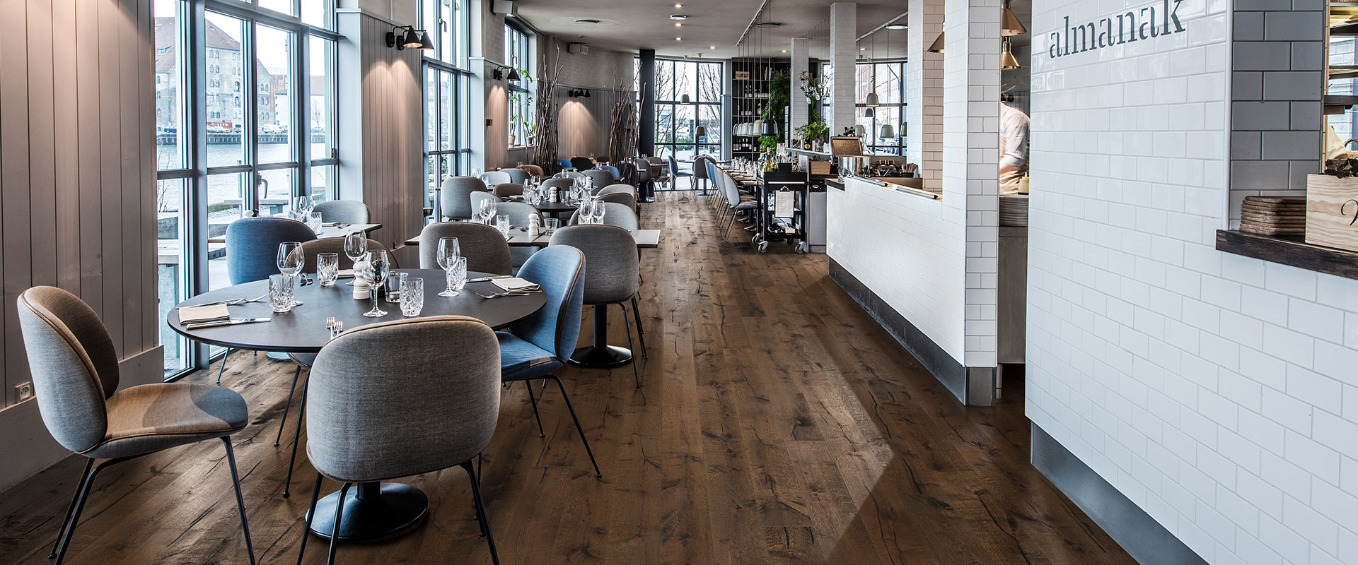 Quality Wood And Vinyl Floors For Commercial Projects